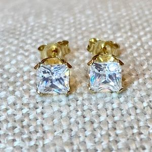 Solid 14k gold 4mm princess cut solitaire earrings